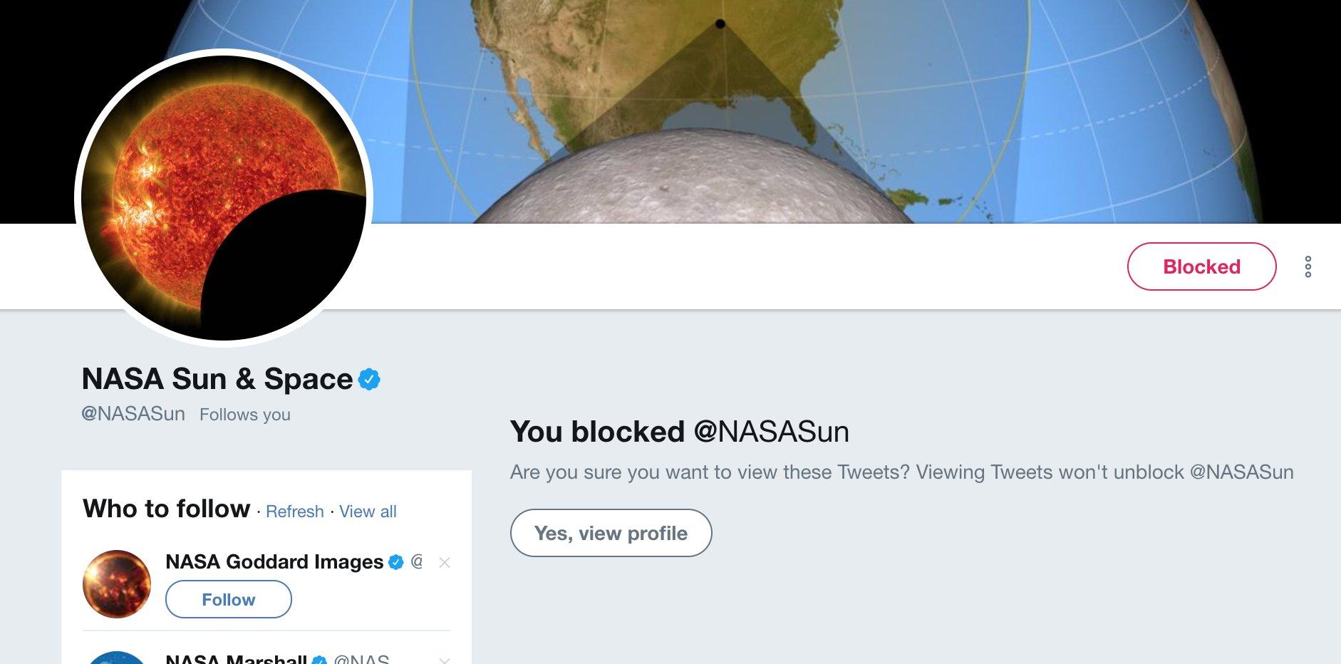 HA HA HA I've blocked the Sun! Make way for the Moon. #SolarEclipse2017 https://t.co/nZCoqBlSTe