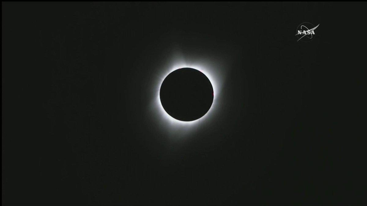 #SolarEclipse2017 Totality in Oregon – L...