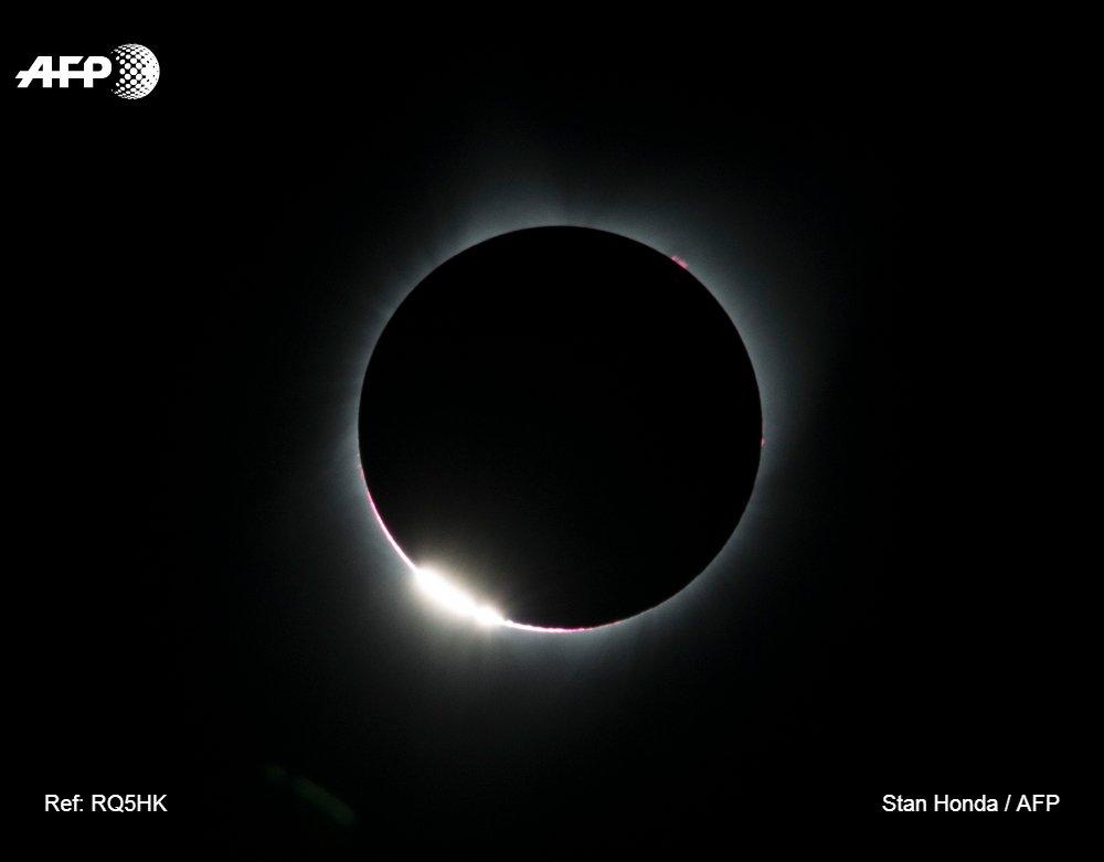#instantané Eclipse totale du soleil vue depuis Madras, dans l'Oregon #AFP