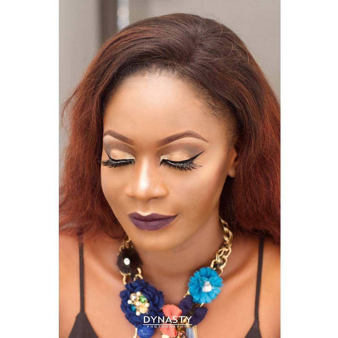 Hii.  I&#39;m a passionate LAGOS BASED makeup  artist   Kindly retweet to spread the word. My next client might be on your TL #MUA #LAGOS<br>http://pic.twitter.com/8EIdN0TZhj