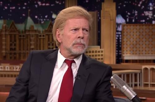 En fait, quand #BruceWillis porte une perruque de #DonaldTrump c'est #Renaud. CQFD.