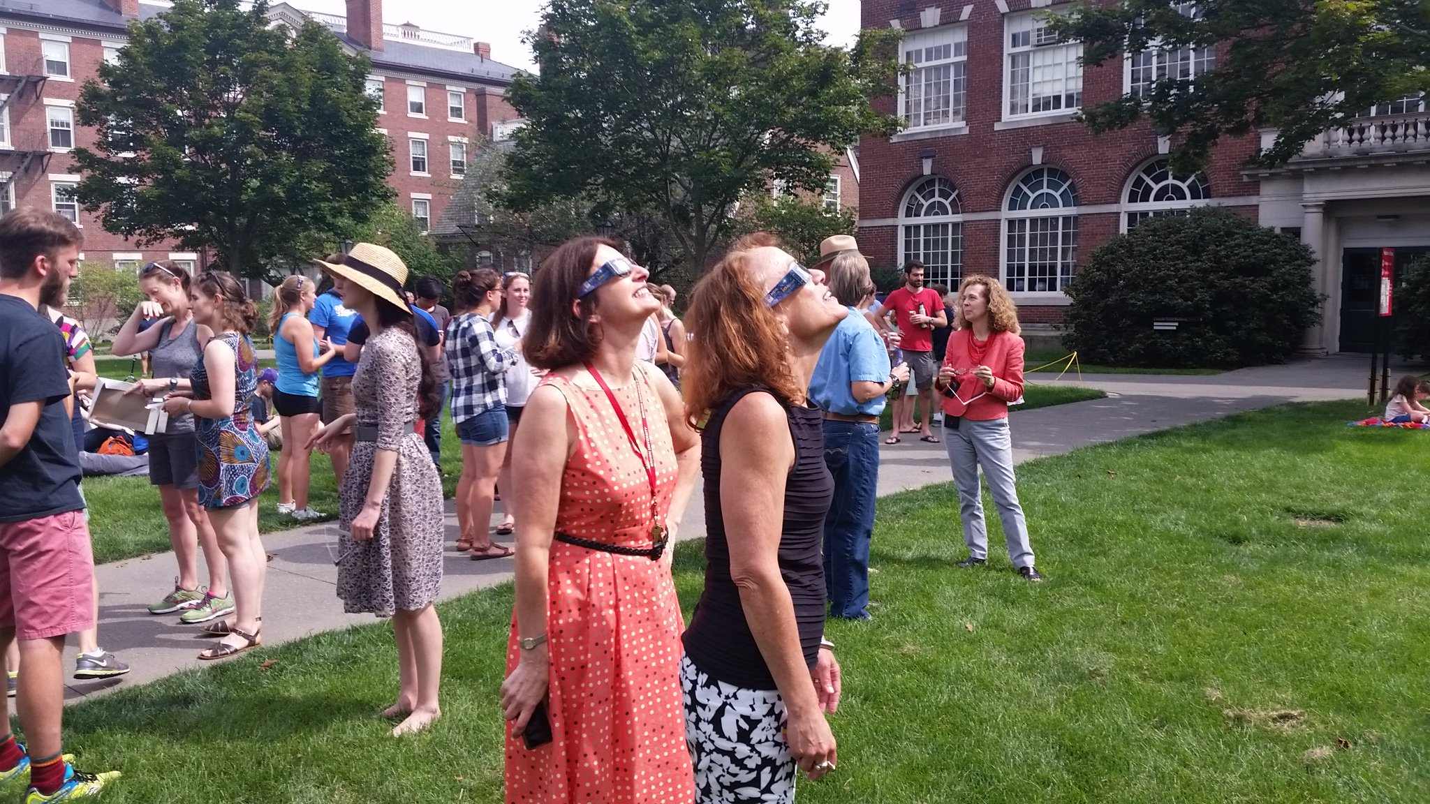 @CogutCenter Traude Kastner and Melissa Shein viewing the eclipse from Lincoln Field https://t.co/OBFSlTBq6H