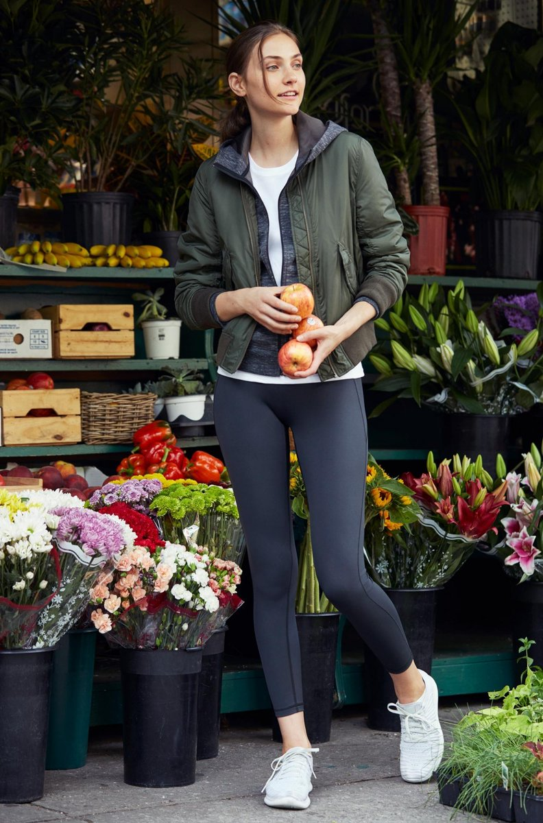 Uniqlo On Twitter Our Airism Leggings Feature Light As Air Material To Keep You Cool During Your Morning Grocery Run Https T Co 4rxwphbdzc Uniqlosport Https T Co Rdq1zcbht6