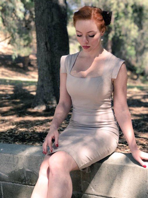 Emily scott hot on her knees