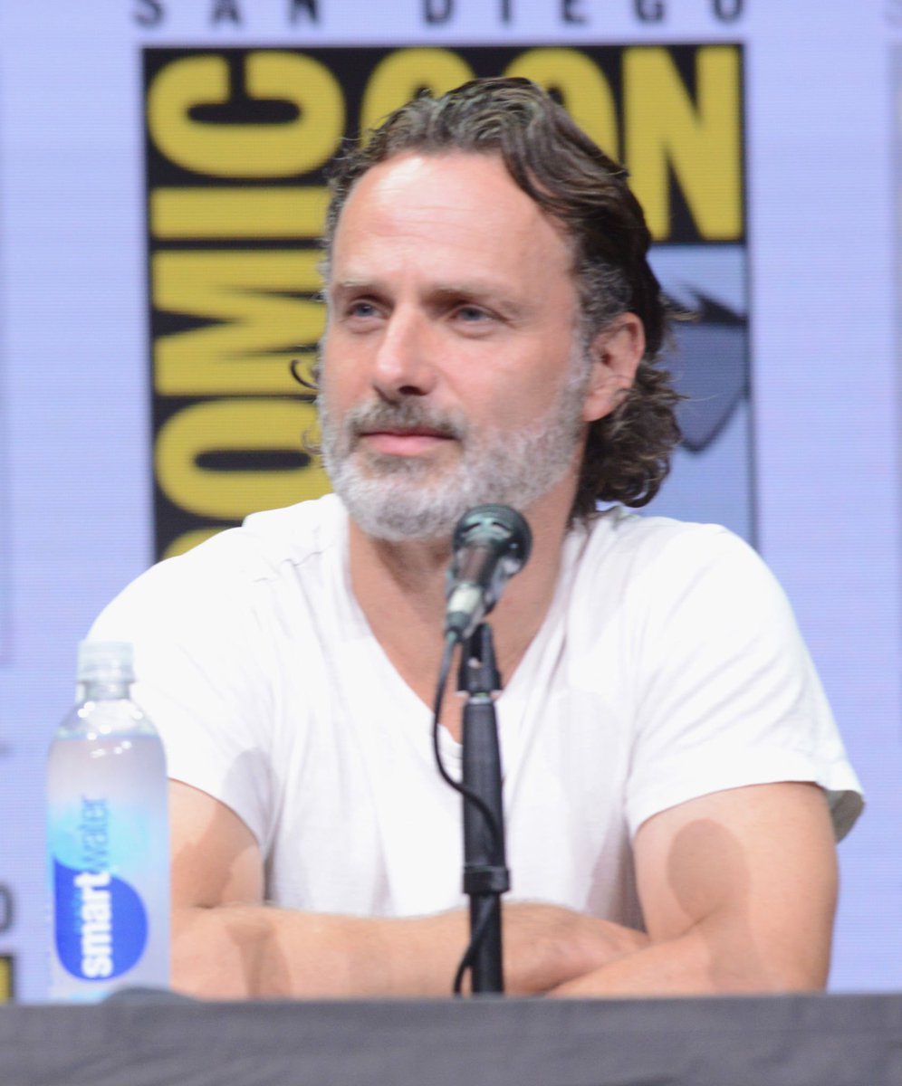 #AndrewLincoln onstage at AMC&#39;s #TheWalkingDead Panel at #SDCC on July 21, 2017. #TWD  Albert L. Ortega/Getty Images <br>http://pic.twitter.com/g1aOFbwAVA