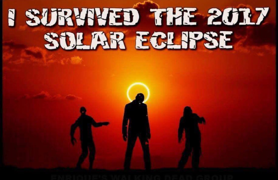#SolarEclispe2017 #TWD I survived. <br>http://pic.twitter.com/lwMcIEXtQw