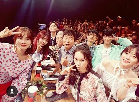kim jonghyun and other shadow singer pan...
