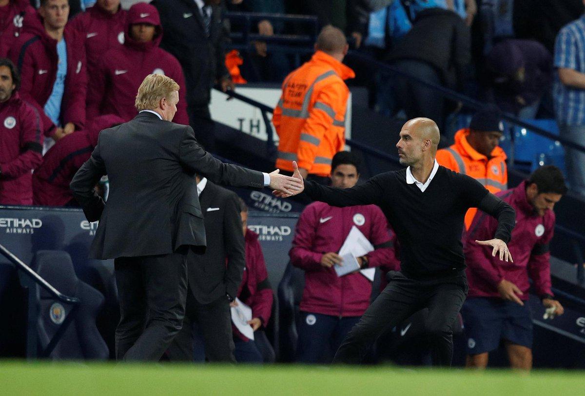 Ronald Koeman bersalaman dengan Pep Guardiola usai pertandingan
