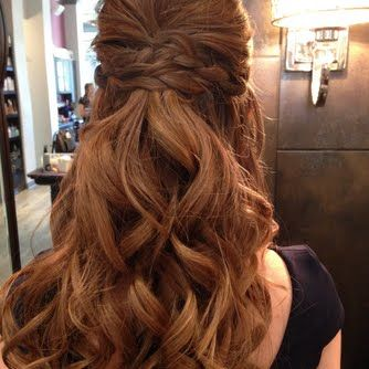 A beautifully polished #braid #hairstyle by Elizabeth. Achieve her #hair via her #howto and #musthaves here  http:// bit.ly/2vhVRev  &nbsp;  <br>http://pic.twitter.com/nXDW4j88i2