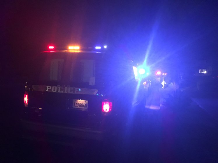 Deadly #shooting in #santamaria just before 9 pm. #police looking for suspect. Apartments near Main/College on lockdown @KCOY<br>http://pic.twitter.com/VbR8bnBsXP