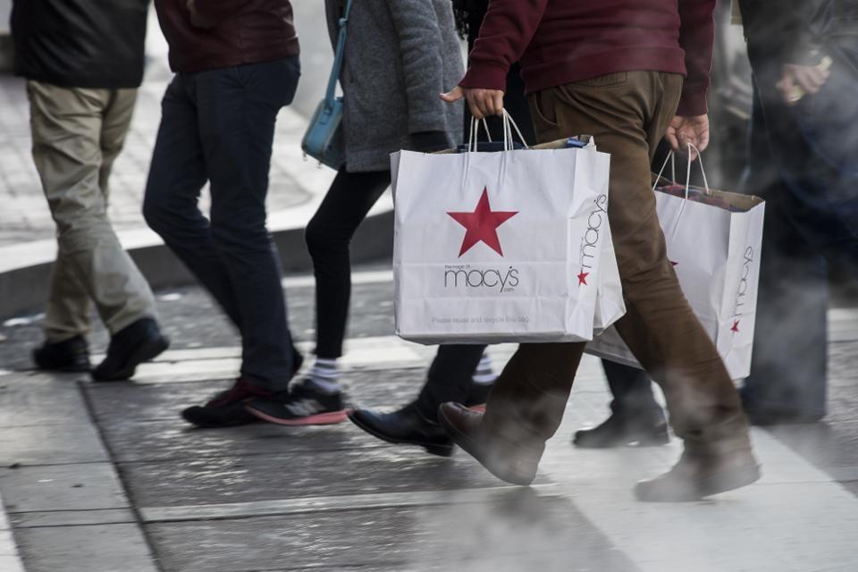 #Shopping: Can an eBay executive, big data, exclusive brands save @Macys?  http:// bit.ly/2v8Phro  &nbsp;    #tech #retail #fashion <br>http://pic.twitter.com/pnptVhVpw2