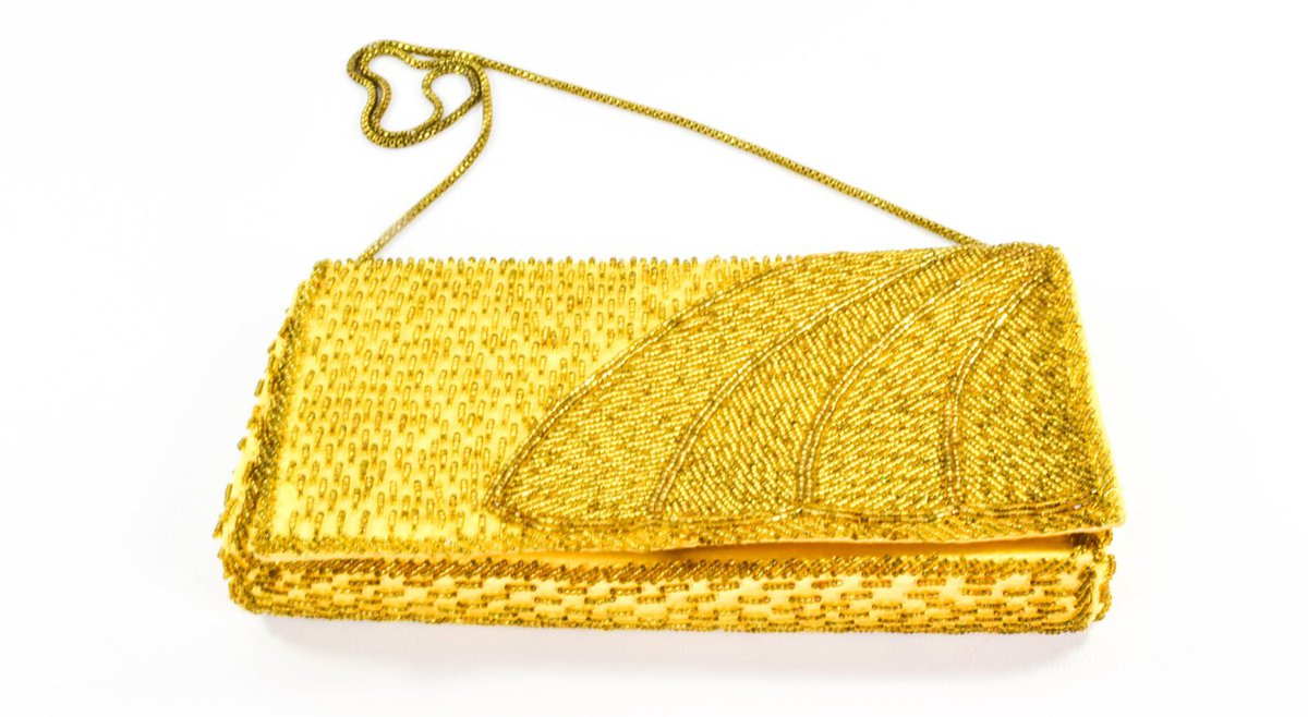 Vintage Purse - Marshall Fields - Gold Purse - Circa 1950 - Gift for her - Gift for Mom  https:// seethis.co/EP6rL/  &nbsp;   #vintage #midcenturyjewelry<br>http://pic.twitter.com/sonKVvc1bM