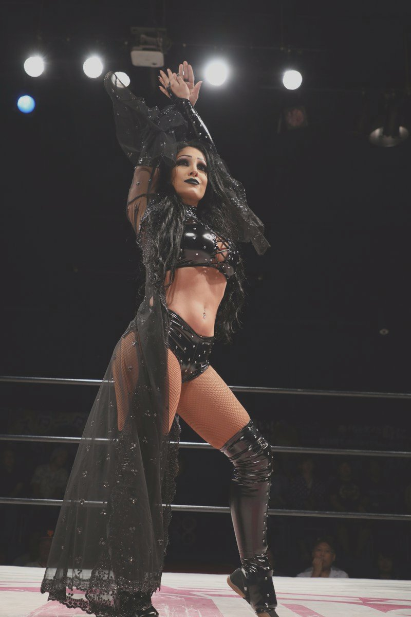 MandyLeonxo photo