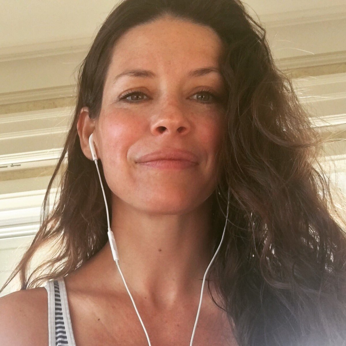 Twitter Evangeline Lilly nude photos 2019