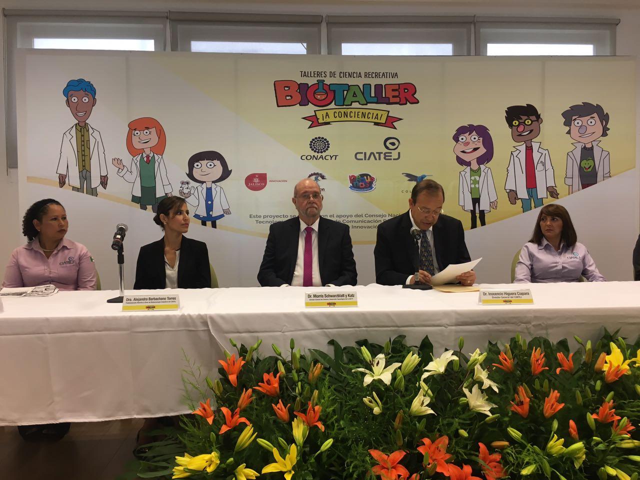 En colaboración con el @CIATEJ y @Conacyt_MX lanzamos el Biotaller para que niñas y niños se acerquen a la ciencia. https://t.co/TCJoyPIwlc