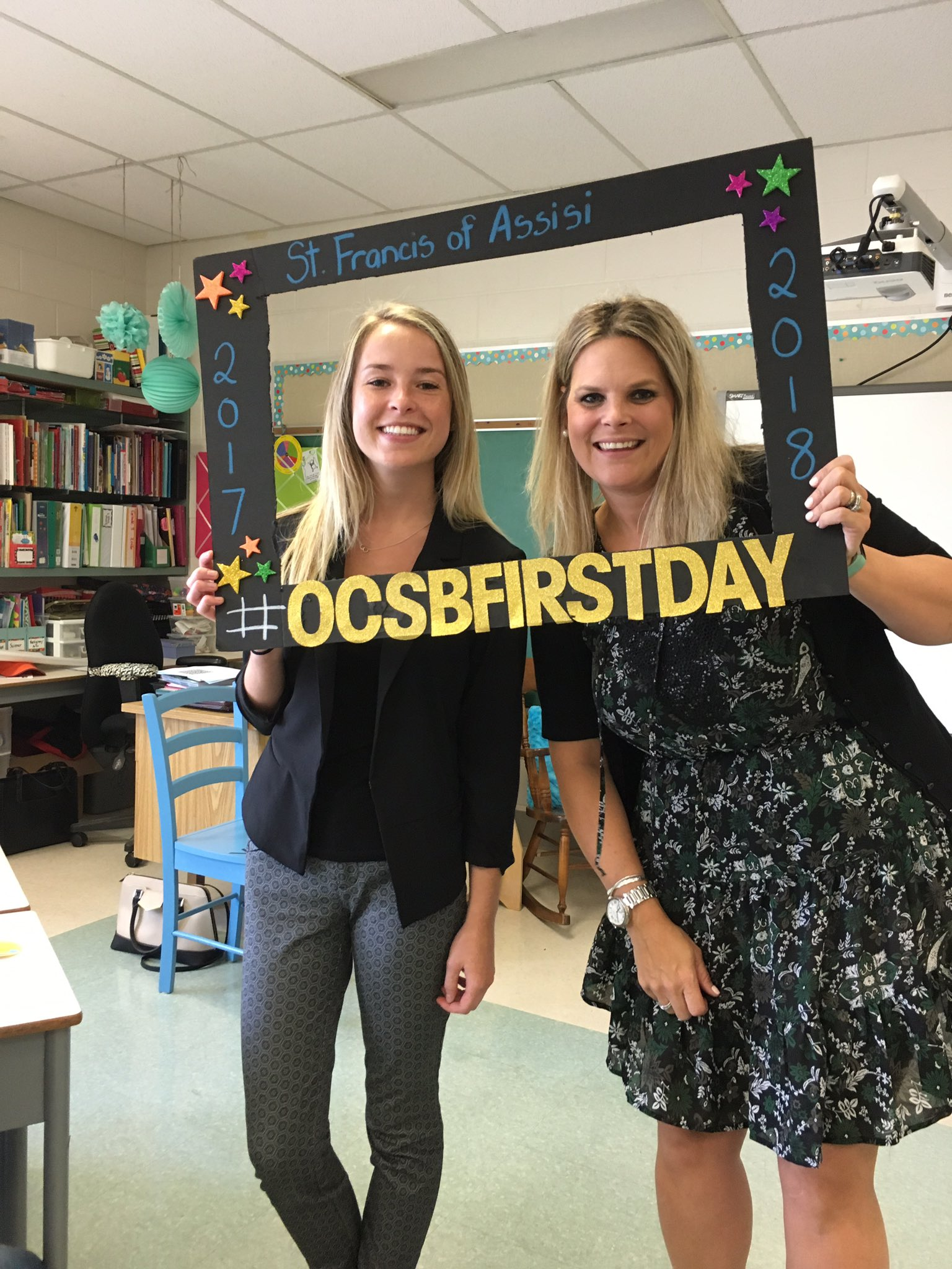 #ocsbFirstday Excited to meet our new students in grade 3. @FRAAssisiSchool https://t.co/ALvh1IVctY