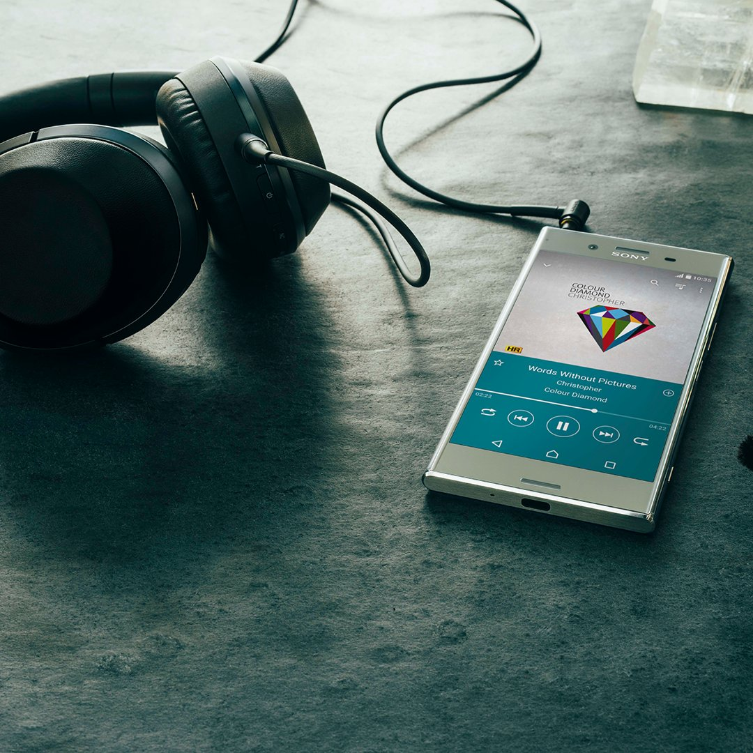We're pushing the boundaries of sound with #HiResAudio: https://t.co/gkrs12tbFI  #Xperia https://t.co/YpK5MEs0f3