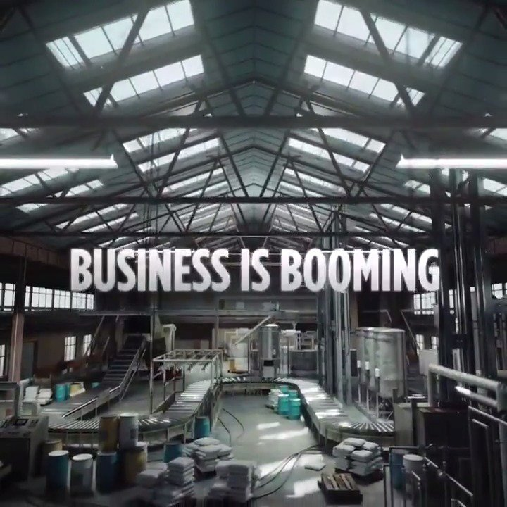 Business has never been better. #Narcos https://t.co/sO8O2b6R4h
