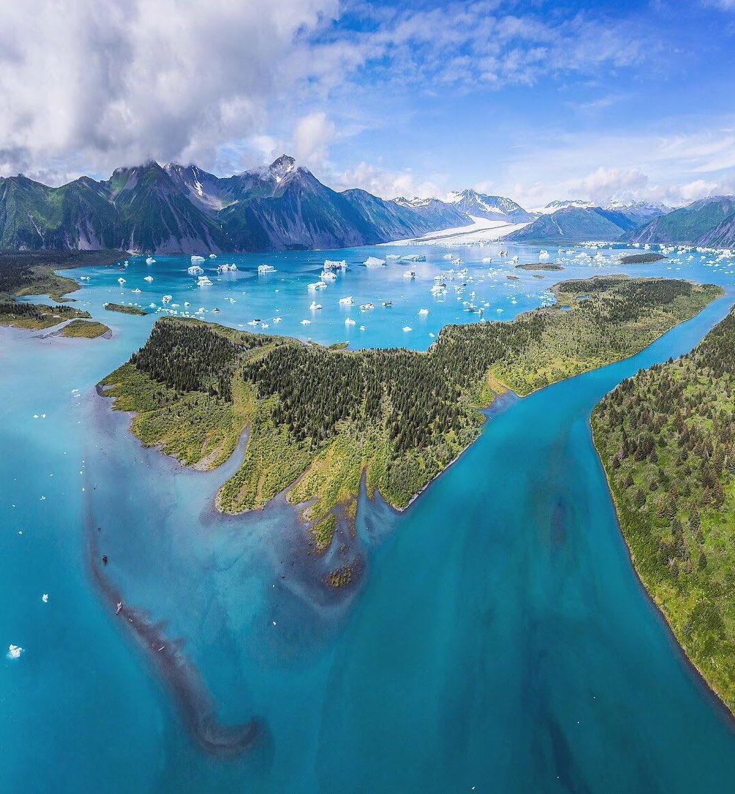 Our most popular pic last week: An  aerial view @KenaiFjordsNPS by Toby Harriman #Alaska