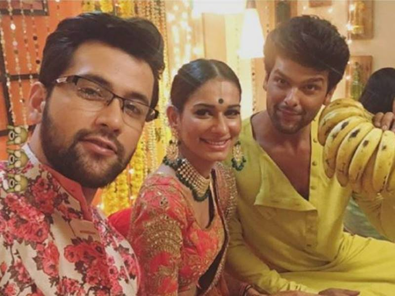 Kushal Tandon, Aneri Vajani, Beyhadh, wedding, marriage, images, pictures, pics, photos, saanjh, arjun