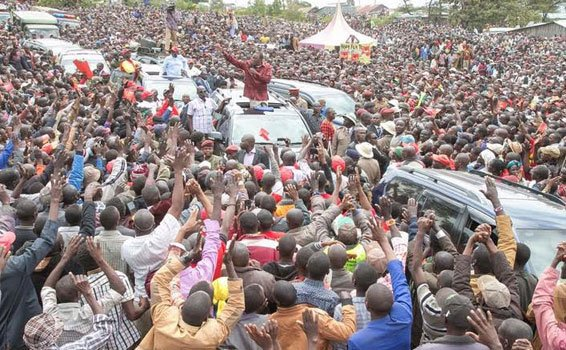 "VIDEO: ""NASA!NASA!"" President Uhuru heckled by Narok residents during rally https://t.co/imI1oWBByI via @UreportKe https://t.co/0YJ6TTJ9z4"