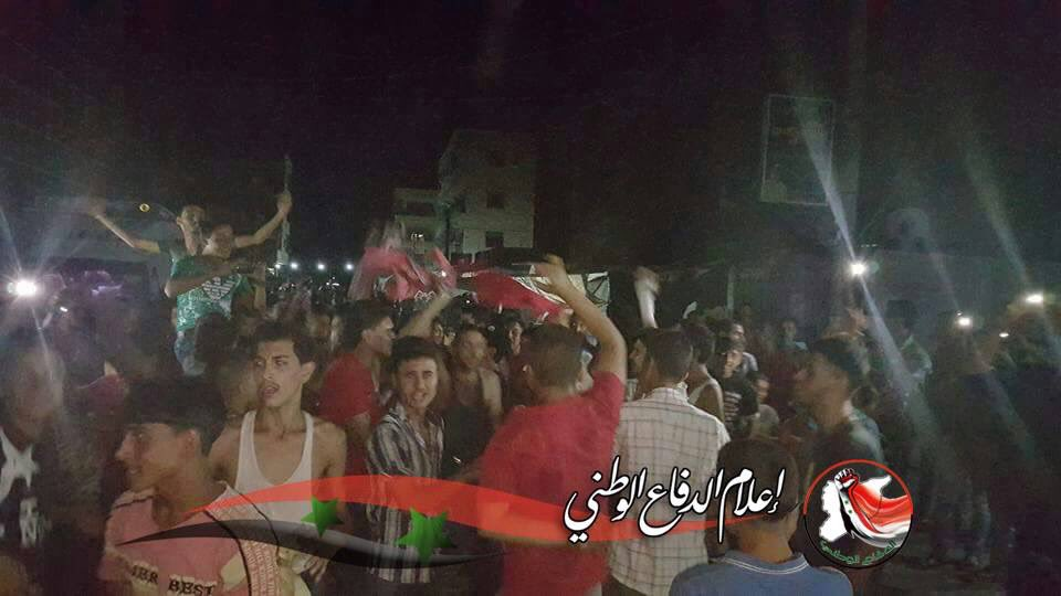Celebrations in the streets of #DeirezZor. The ISIS caliphate in Syria has collapsed at last - thanks be to God! https://t.co/P3Cxnn1ZrR