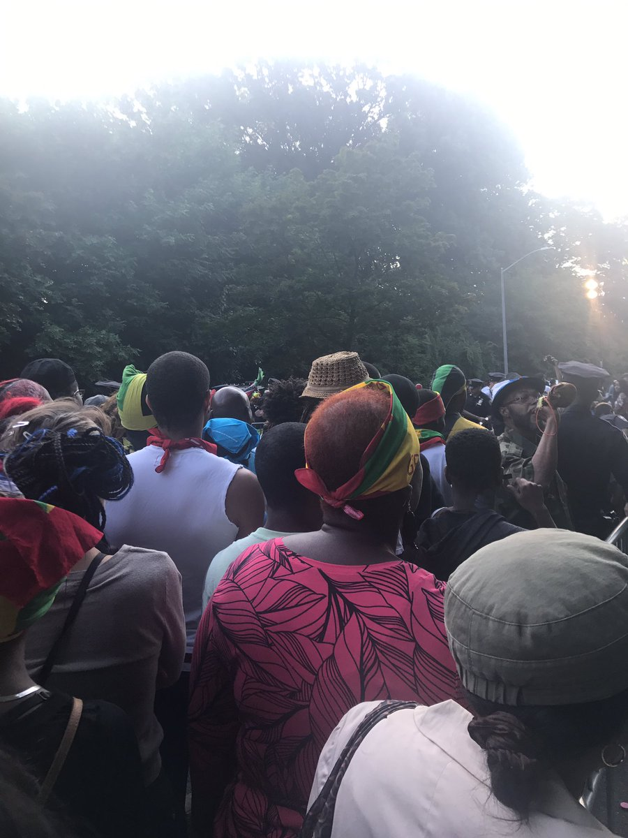 There's a very long wait to enter #Jouvert Eastern Pkwy... it's never been like this before and the people are upset... #jouvert2017