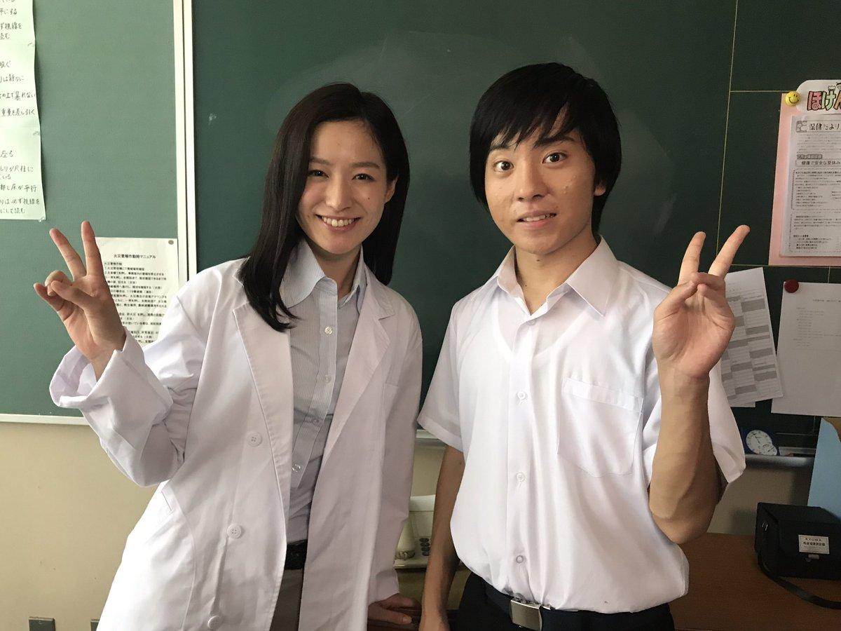 平田薫白衣