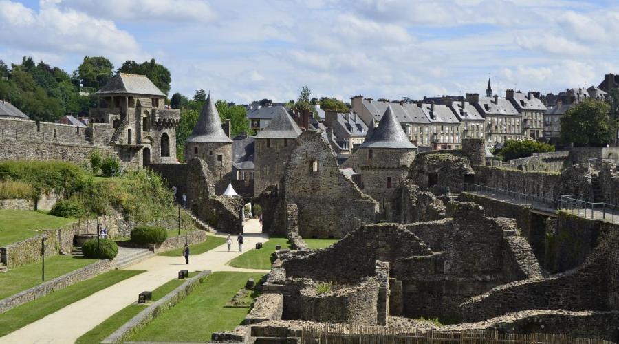 Le château de Fougères prépare sa révolution numérique https://t.co/7N5nCwYEAl https://t.co/WWv83sVgzq