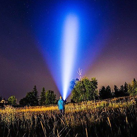 Joanna Adams Photography lights up the beautiful Kalispell, MT night sky with the powerful #Fenix #tk35UE. #fenixfans #seewhatmatters <br>http://pic.twitter.com/3sDYAipB3Z