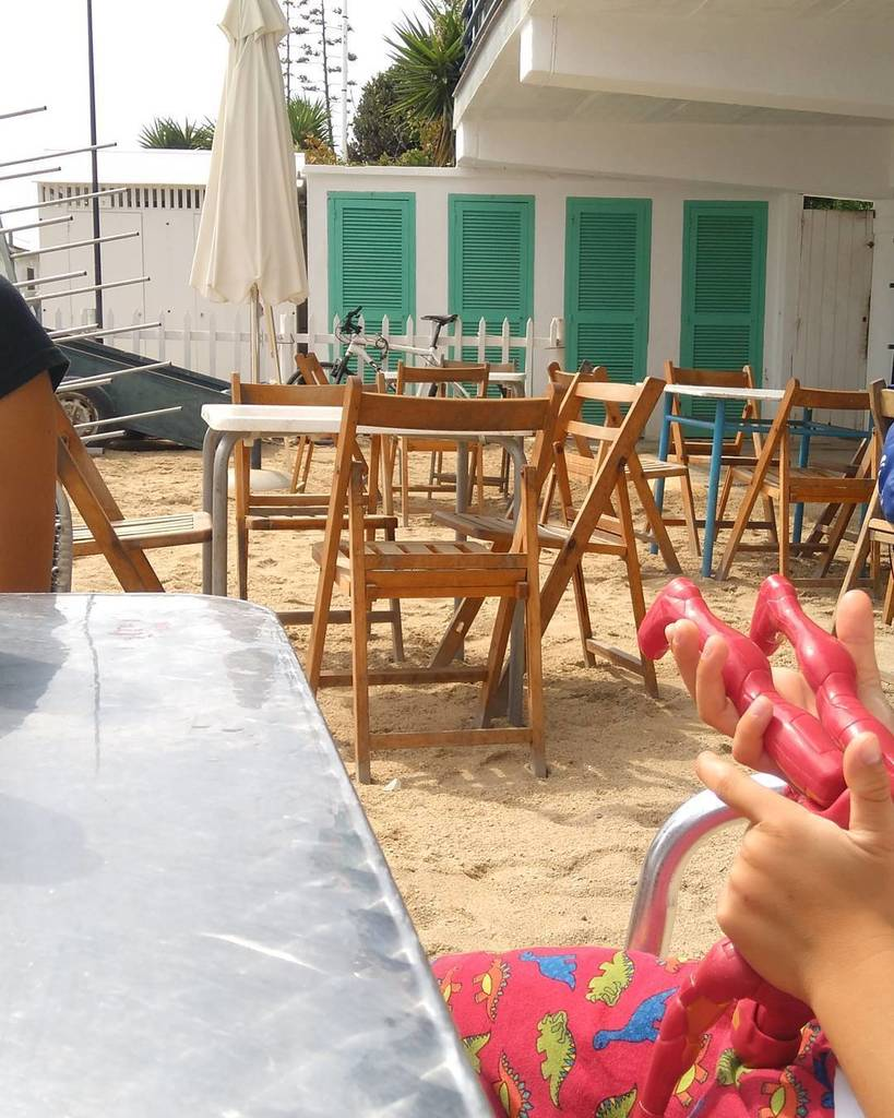 DILLUNS  #VilassarDeMar #Palomares #Platja #Beach #Mediterrani #Dilluns #Aperitiu<br>http://pic.twitter.com/j9uoBjEOSQ