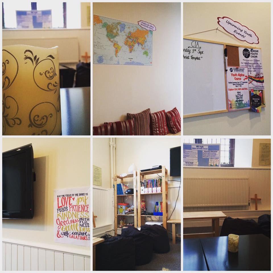 Some improvements to go, but Youth Room is taking shape! #map #corkboard #rugs #cushions #beanbagchairs #shelves #TV #benches #iPhonestation<br>http://pic.twitter.com/Ogve7BwpbT