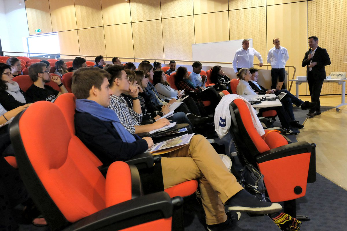 Faurecia is proud to welcome Sciences Po Paris HR Master students to discover Industry 4.0 challenges & understand impacts on the workplace https://t.co/bLknWsGdYt