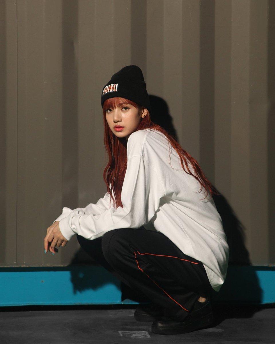 Blackpink Global On Twitter N Nona9on Instagram Update With Lisa