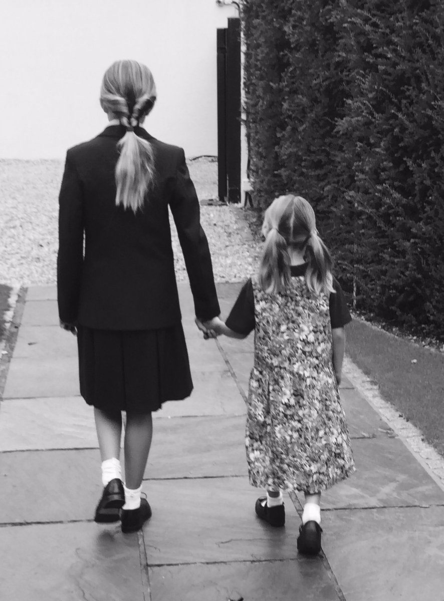 Big #school for my Lexi. #Hrh now year 1 #TimeFlies #sisters #SidebySide #TogetherStonger #love