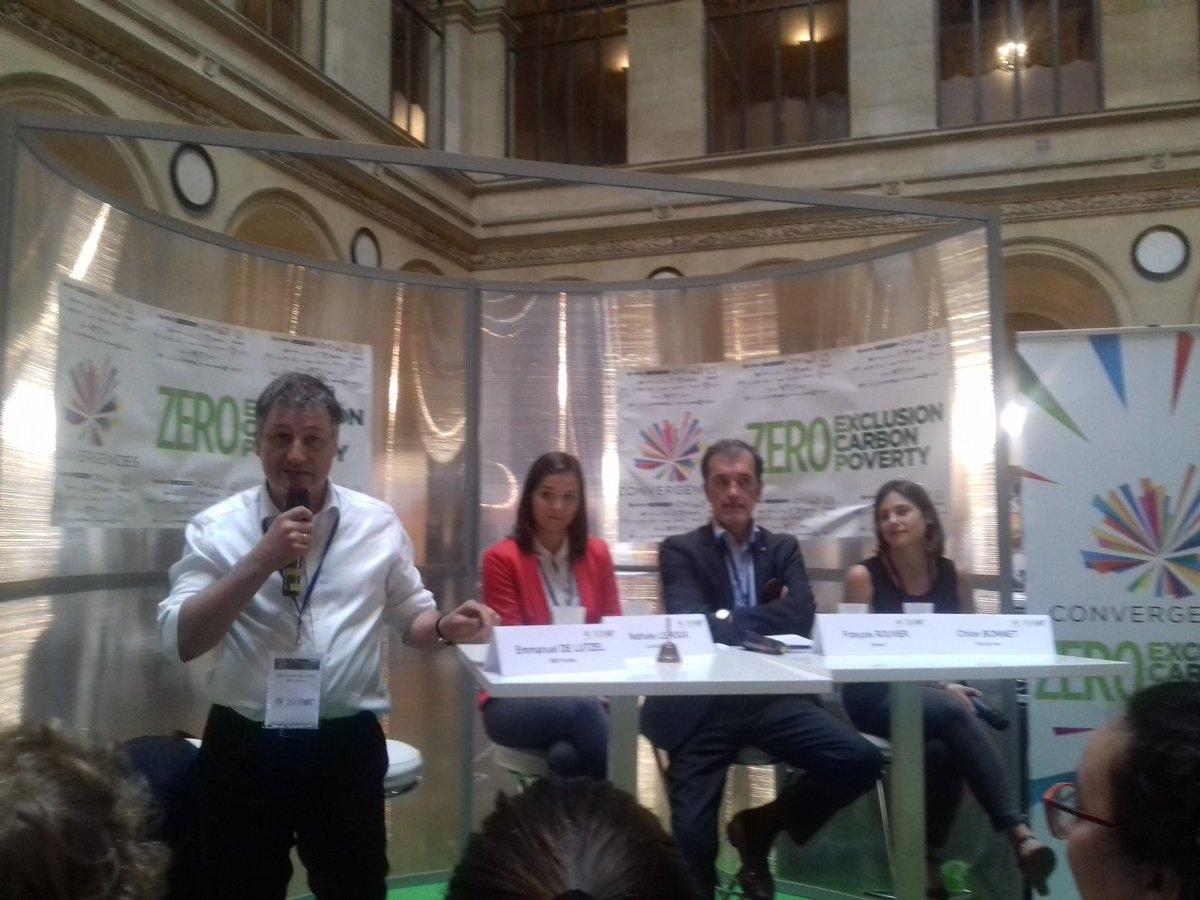 Last but not least une table ronde sur l&#39;#intrapreneuriat avec @fivebyfiveio @Groupe_Renault @FondationBNPP @RucheParis<br>http://pic.twitter.com/53wJIBjl9X