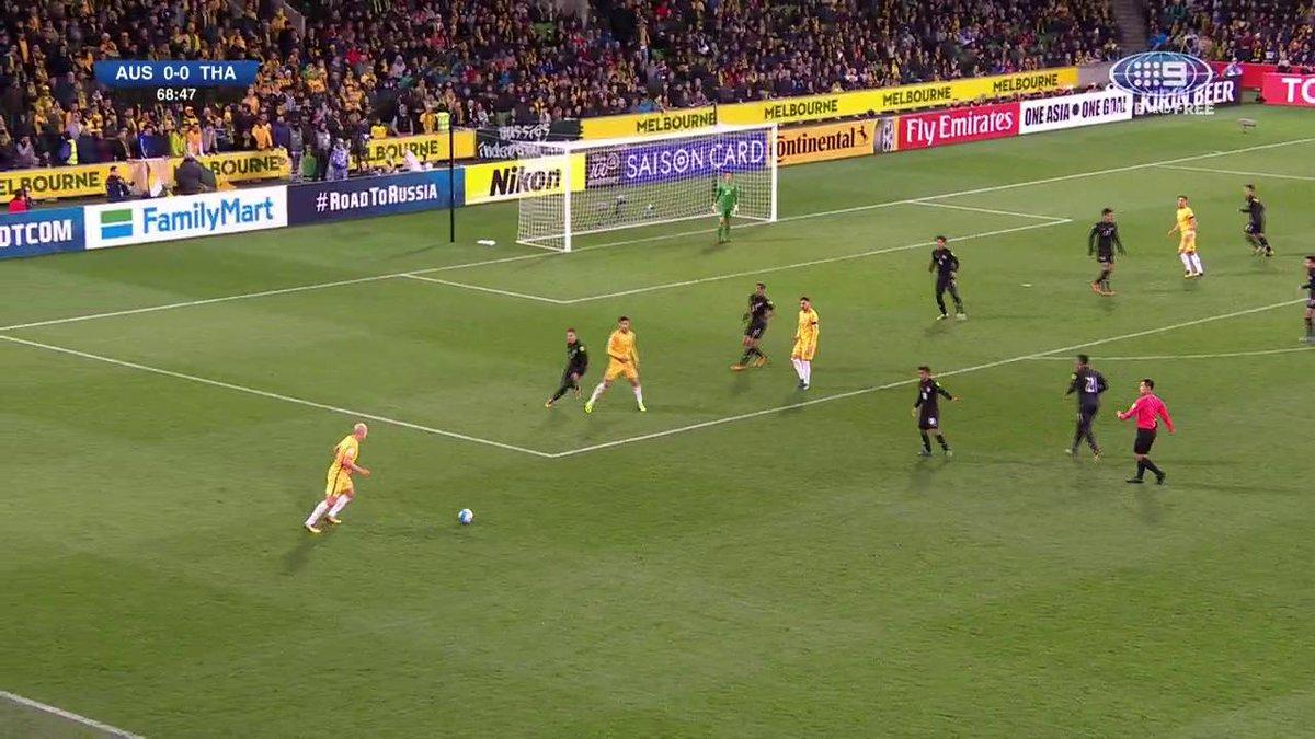 GOAL @Socceroos! Juric finds the net as the deadlock is finally broken! #AUSvTHA #9WWOS https://t.co/VILLqCQjpn