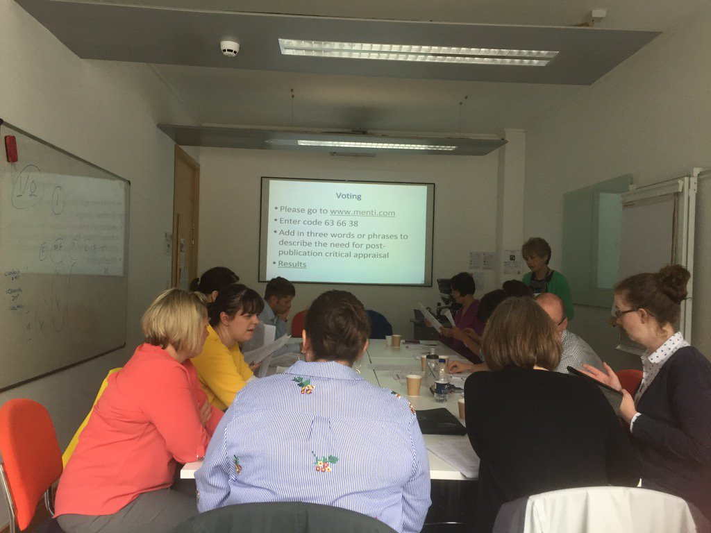 Another busy day for @WelshHealthLib librarians #criticalappraisal of an experimental study @SUREteamCardiff<br>http://pic.twitter.com/vXz7UEwq48