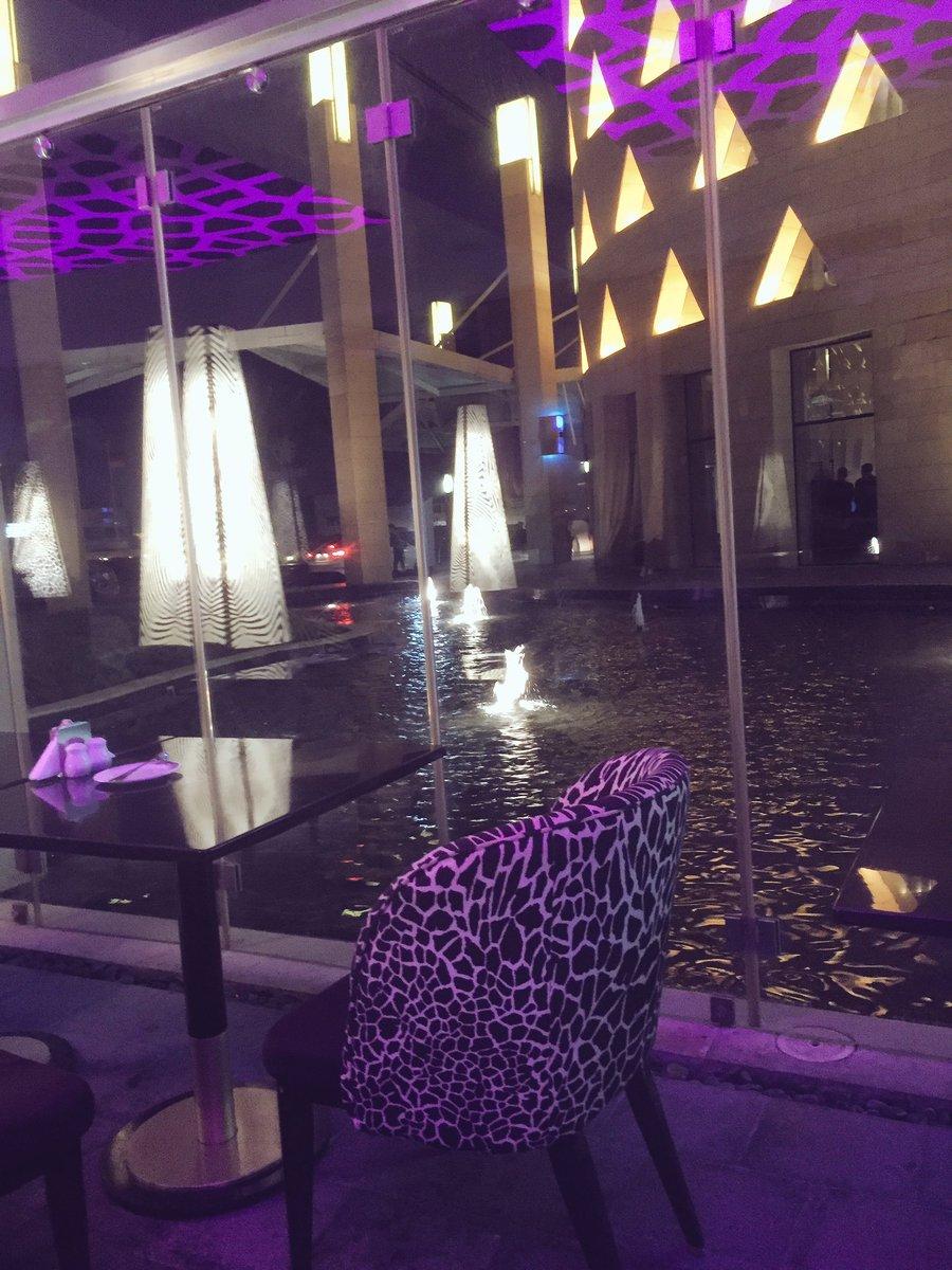 ذوق בטוויטר كافالي كافيه الرياض برج رافال افراد عائلات جلسات داخليه خارجيه تيراس علي المسبح بدون بارتشن موسيقى الخدمة مميزة الجلسات حلوة Https T Co Aedyllx81m