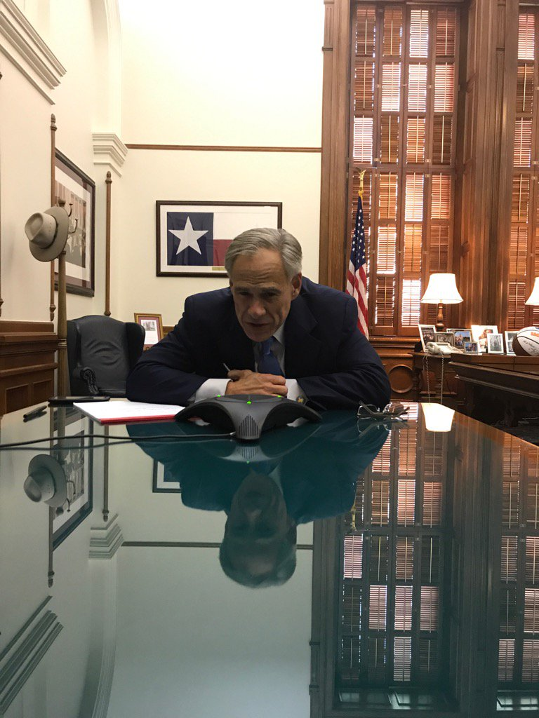 Spoke with Pres. Trump & heads of Homeland Security & FEMA. They're helping Texas respond to #HurricaneHarvey. https://t.co/dr0rig9DNK