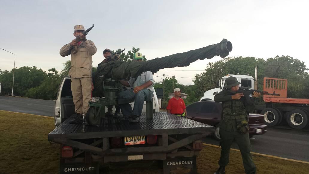 Ideas para el fortalecimiento de nuestra Milicia Bolivariana - Página 2 DIByFvpWsAAlxw-