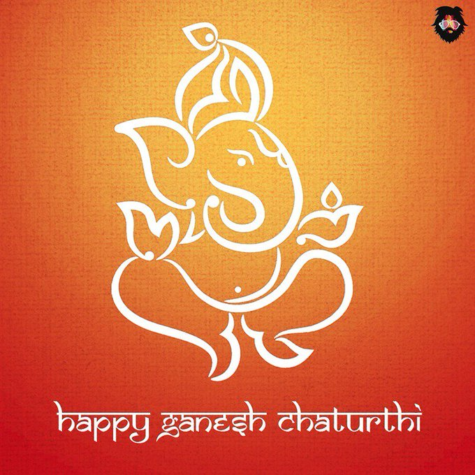 May the blessings of Lord Ganesha always be upon you.  Happy Ganesh Chaturthi! https://t.co/K18jocMTUM