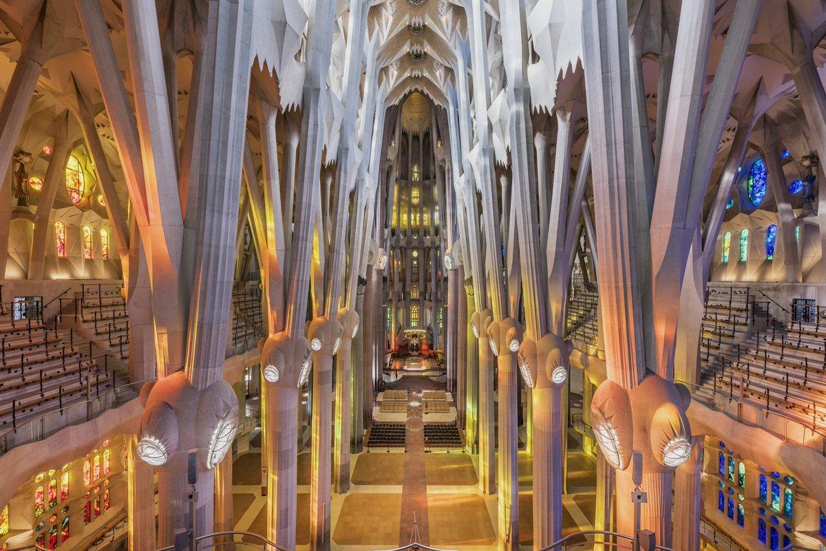 La sagrada fam lia on twitter with this picture of the for La sagrada familia inside