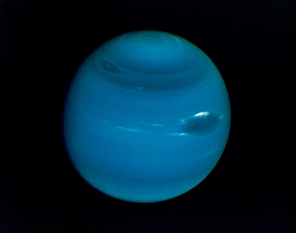 The 1st (and, so far, only) fly by of the planet Neptune happened #OTD 1989. #Voyager2 https://t.co/GgeK5Maga9 https://t.co/7BZ0qE0ABf