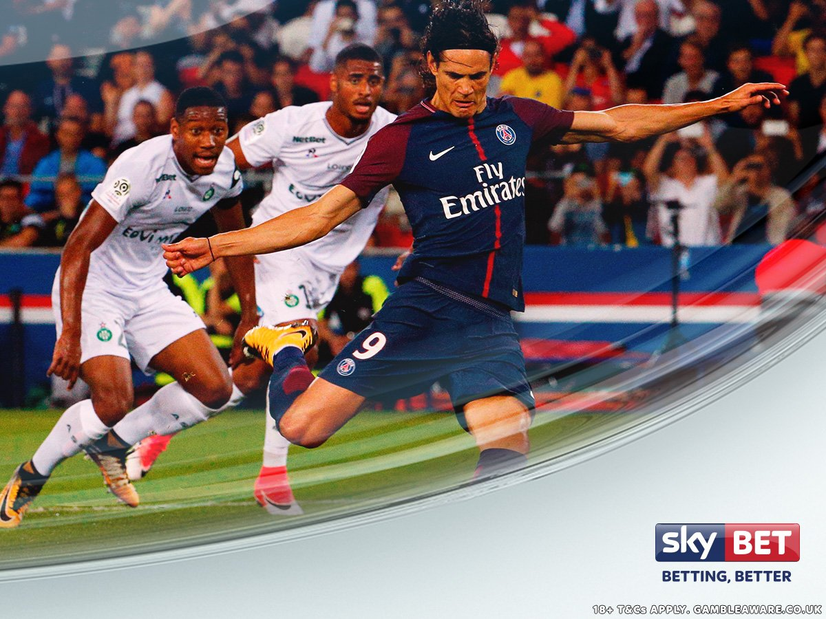Amiens  Guingamp  Toulouse  St Etienne   Edinson Cavani has scored in all four of #PSG&#39;s Ligue 1 games so far this season. <br>http://pic.twitter.com/wR294cDWda