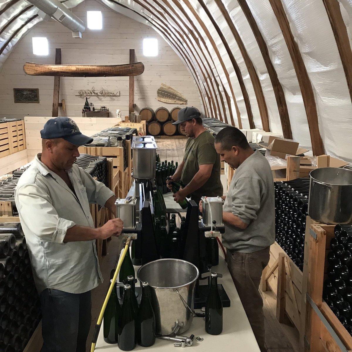 Please send good fermentation vibes our way, 2016 Les Etoiles is bottled &amp; fermenting. See you in 2020. #tirage #secondaryfermentation<br>http://pic.twitter.com/ET4QBqapZA