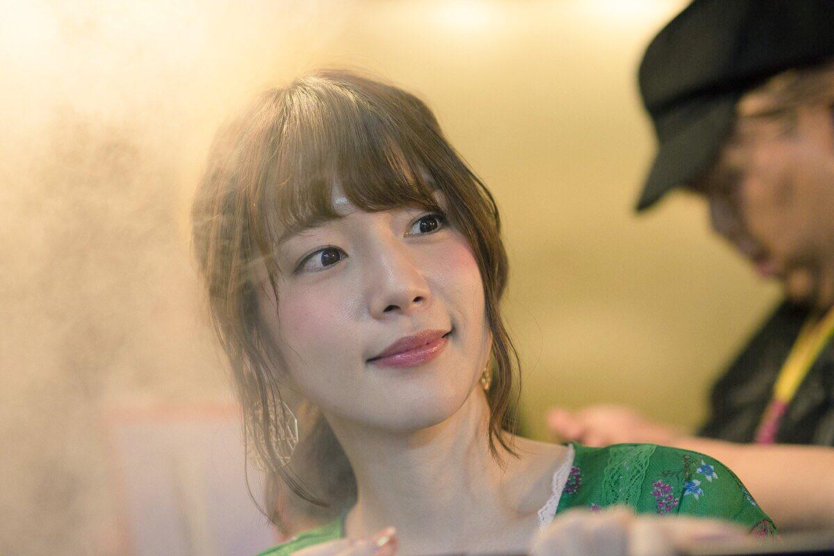 台湾たび!写真を見るとだいたい真礼withちゃんこ。笑 pic.twitter.com/HxokNRrWNt