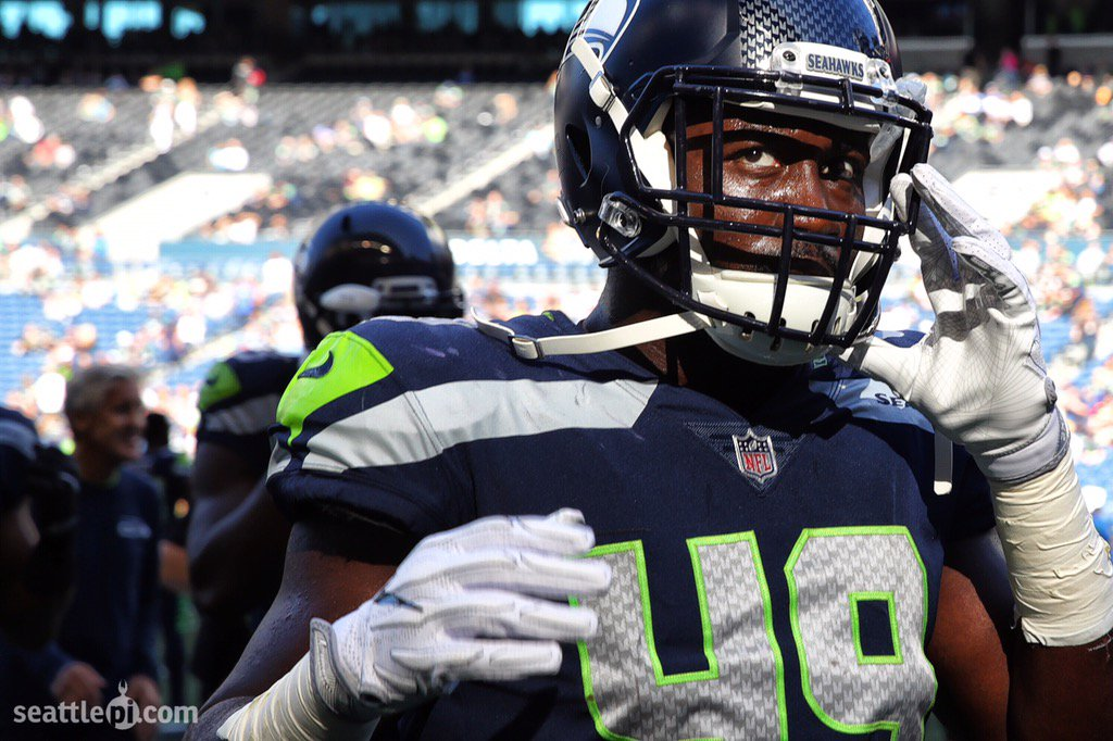 #Seahawks  remain undefeated in preseason play #SEAvsKC. Game photos here  http:// seattlepi.com/sports/article /Seahawks-win-26-13-Chiefs-Ware-injures-right-11968933.php &nbsp; … <br>http://pic.twitter.com/ZXIMiyoVbw