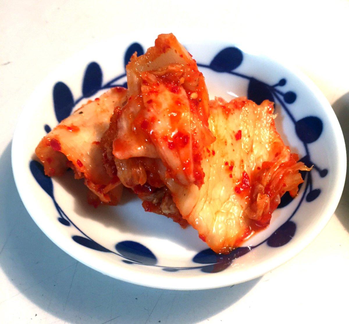 test ツイッターメディア - 今日の夜ご飯 *酢鶏 鳥もも肉、ズッキーニ、パプリカ、ベビーコーン、玉葱、椎茸 *小松菜のお浸し *キムチ *ご飯120g 計577kcal 酢豚じゃなくて酢鶏にしてみたよ鶏肉柔らかくて美味しかったケチャップの甘酸っぱさが食欲そそりましたゴチゴチ❣️ 小皿 #ダイソー https://t.co/2Lw5dhxq4E