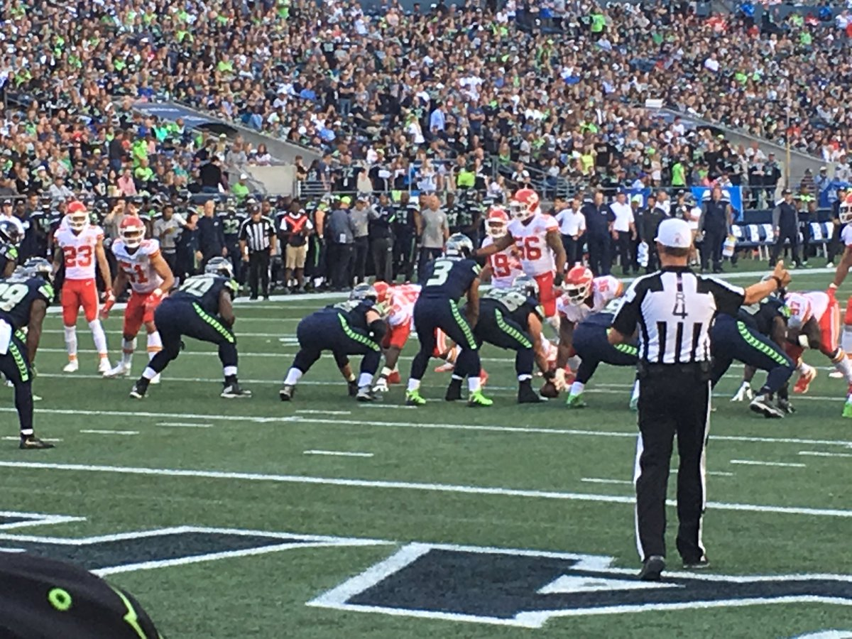 Woke up this morning still remembering that we sat in row B at the #seahawks  game last night! Dreams do come true! #SEAvsKC #seattle #12s <br>http://pic.twitter.com/5SmnCIX3GJ